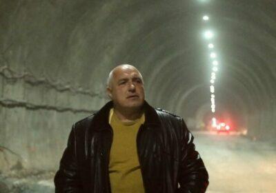 БСП с остра атака: Нощното шкафче на Борисов е пълно и може сам да финансира кампанията си