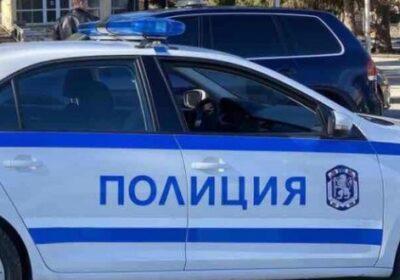 Позор: Полицаи арестуваха гладна от няколко дена жена за 2 кренвирша, 1 мляко и 1 хляб