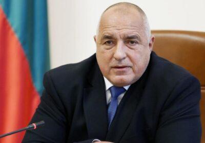 Борисов отмени разрешението за работа на големите магазини от днес