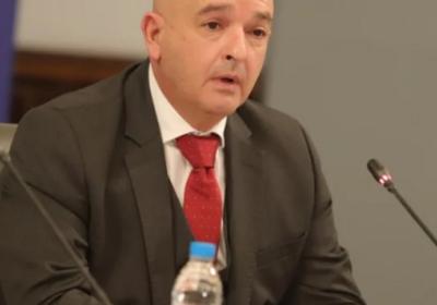 Гръмна голям скандал! Слави и репортерът му Балабанов се гаврят с ген. Мутафчийски