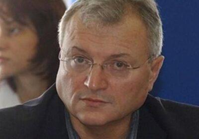 Валери Найденов с горещ анализ: Слави е цар през април, през май – пъдар