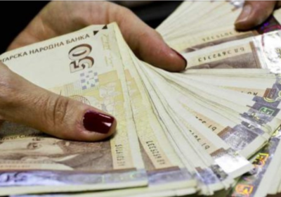Искрица надежда за бедна България: Идва минималната европейска заплата