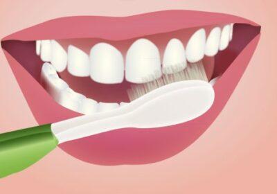 Приятелка ме научи как да избелвам зъбите за 5 минути и да ги правя напълно чисти- без плака и кървящи венци